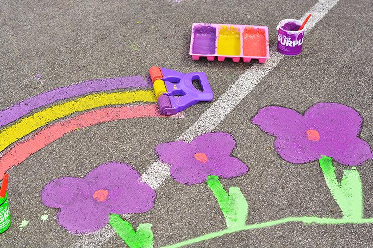Sidewalk chalk art paint | The Dating Divas
