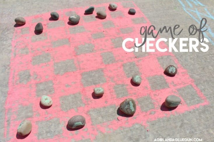 How to make a game board out of sidewalk chalk | The Dating Divas